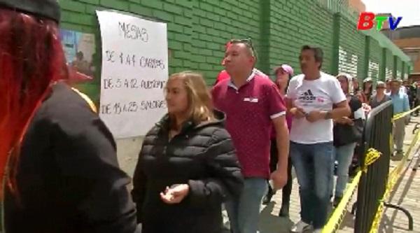 Cử tri Colombia bầu cử tổng thống vòng 2