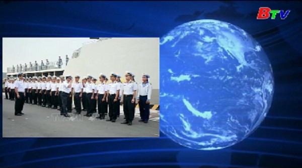 Tàu hộ vệ tên lửa Việt Nam tham gia duyệt binh hải quân Nga