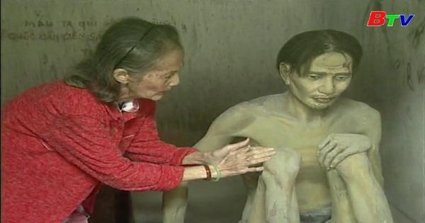 Người phụ nữ Việt Nam ấy: Bà là ai?