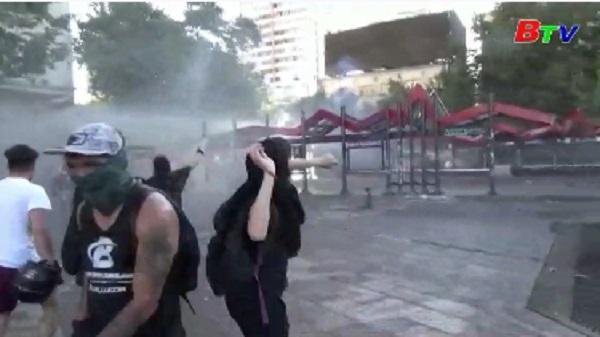 Tổng thống Chile chỉ trích nạn lạm dụng vũ lực trong trấn áp biểu tình