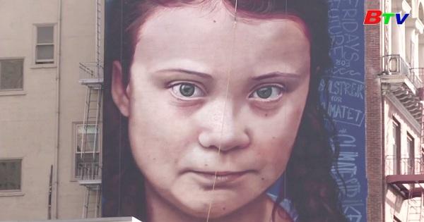 Tranh tường chân dung nhà hoạt động môi trường tuổi teen Thunberg