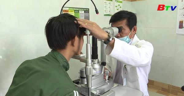 Mổ mắt bằng phương pháp Phaco
