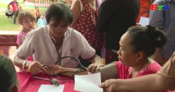 Lãnh đạo tỉnh Bình Dương thăm và làm việc tại tỉnh Champasak - Lào