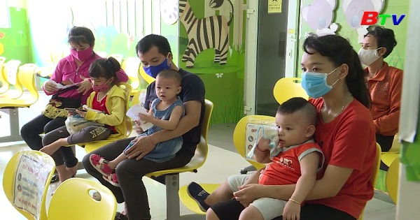 Phòng bệnh mùa nắng nóng cho trẻ