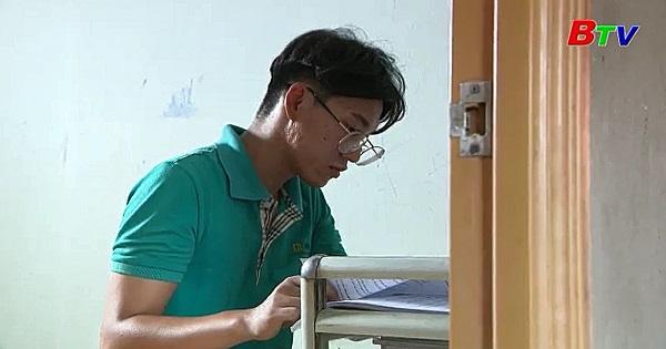 Thắp sáng ước mơ xanh - Em Nguyễn Thành Danh, lớp 12A2, trường THPT Thủ Thừa, huyện Thủ Thừa, Long An