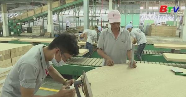 Rèn luyện tác phong công nghiệp cho người lao động