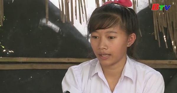 Em Nguyễn Thị Thủy Tiên, lớp 11B7, trường THPT Lộc Hưng, huyện Trảng Bàng, tỉnh Tây Ninh