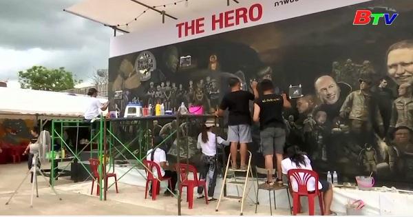 Bức họa tôn vinh sứ mệnh giải cứu đội bóng thiếu niên Thái Lan