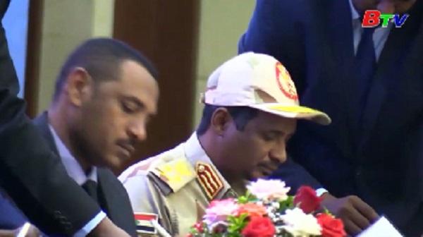 Sudan thành lập Hội đồng lãnh đạo hỗn hợp