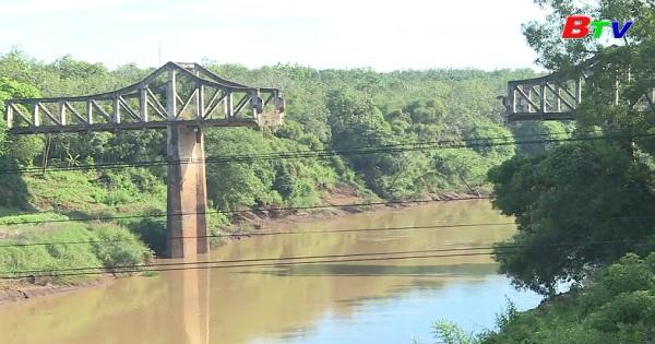 Chứng tích chiến tranh trên dòng Sông Bé