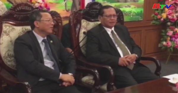 Đoàn lãnh đạo tỉnh Bình Dương thăm và làm việc tại tỉnh Champasak - Lào