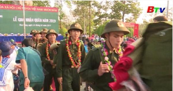 Giao nhận quân tại huyện Bàu Bàng