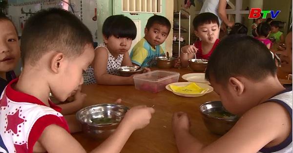 Cân bằng dinh dưỡng cho trẻ