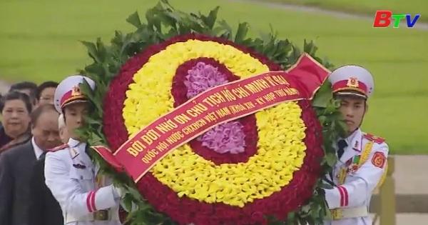 Lãnh đạo Đảng, Nhà nước và đại biểu quốc hội viếng lăng Chủ tịch Hồ Chí Minh