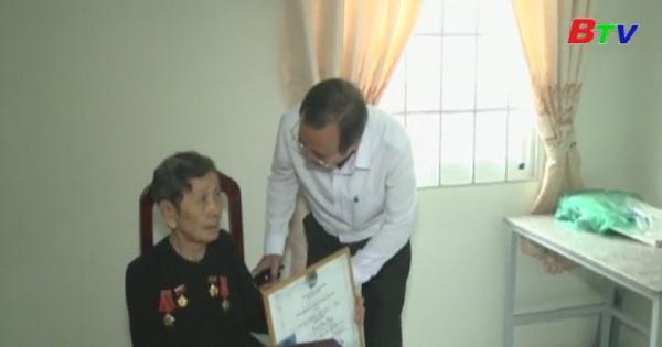 UBND TP Thủ Dầu Một tổ chức lễ trao tặng nhà tình nghĩa cho các gia đình chính sách