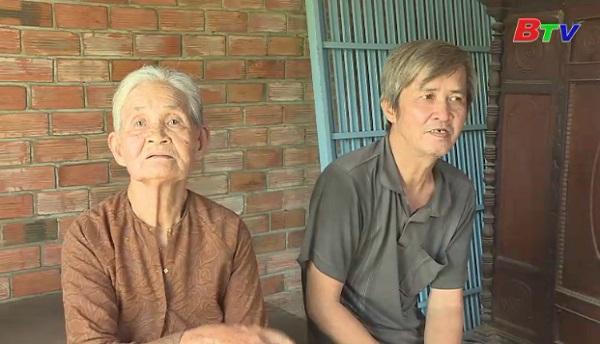 San Sẻ Yêu Thương - Hoàn cảnh bà Võ Thị Hường ( sinh năm 1941 ở địa chỉ 15/8 Lê Chí Dân, Phường Tương Bình Hiệp, TP.TDM, Bình Dương)