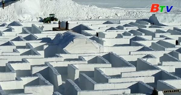 Mê cung tuyết lớn nhất thế giới ở Canada