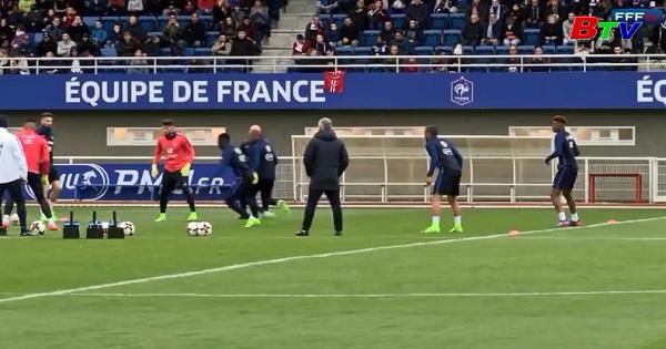 Tuyển Pháp tập huấn chuẩn bị vòng loại World Cup 2018