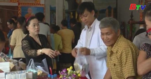 Kết thúc chuyến thăm tốt đẹp tại tỉnh Champasak - Lào