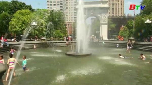 Mỹ cảnh báo người dân trước nắng nóng kỷ lục