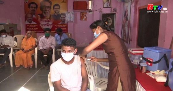Ấn Độ vuợt ngưỡng tiêm 1 tỷ liều vaccine
