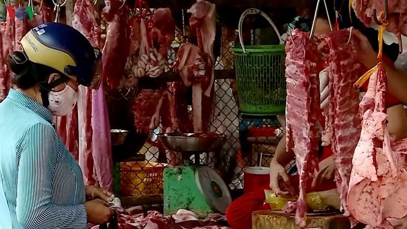 Người tiêu dùng hạn chế ăn thịt lợn vì giá tăng cao