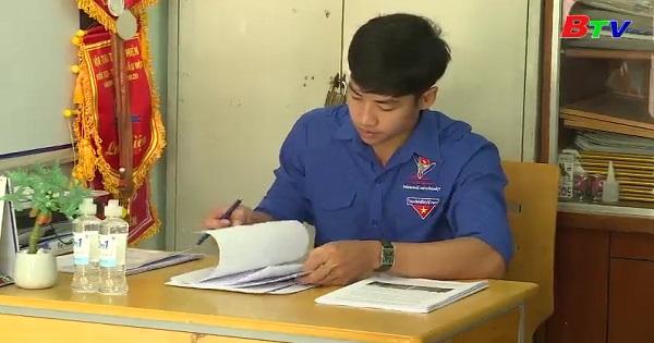 Gặp gỡ thầy Bí thư đoàn trường THCS Nguyễn Văn Cừ