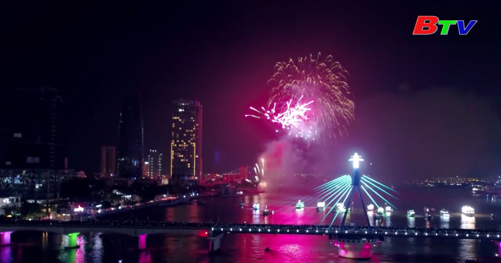 Cảng sông Hàn dừng hoạt động phục vụ lễ hội pháo hoa