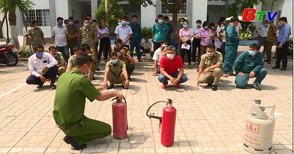 Công tác bảo đảm an toàn phòng cháy chữa cháy và an toàn dịch bệnh tại các điểm bầu cử