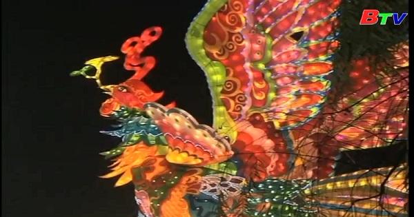 Màn trình diễn đèn lồng tại Tự Cống Trung Quốc