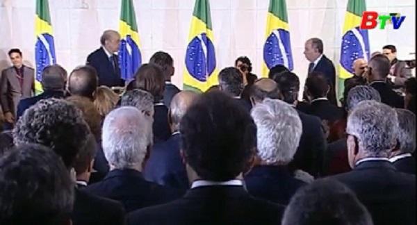Ngoại trưởng Brazil từ chức