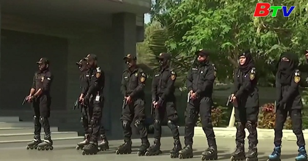 Pakistan - Thành phố Karachi sắp triển khai đội cảnh sát trượt patin