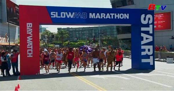 Cuộc đua marathon chạy chậm quảng bá phim  Baywatch ở Mỹ