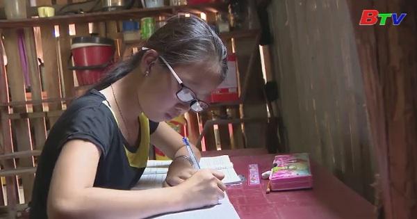 Thắp sáng ước mơ xanh - Em Trần Ngọc Trâm Anh, lớp 5/2 , trường tiểu học thị trấn Thủ Thừa, Long An