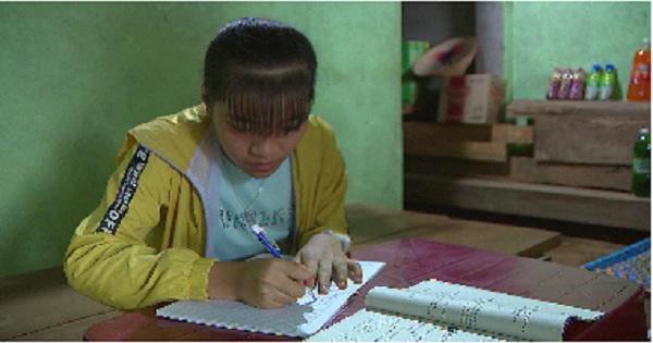 Thắp sáng ước mơ xanh - Em Nguyễn Thị Quyến, học sinh 10A1, trường THPT Gia Nghĩa, Tp.Gia Nghĩa, Đắk Nông