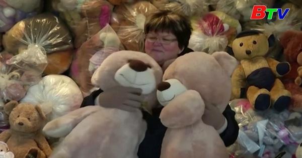 Người phụ nữ Hungary với bộ sưu tập gấu bông lớn nhất thế giới