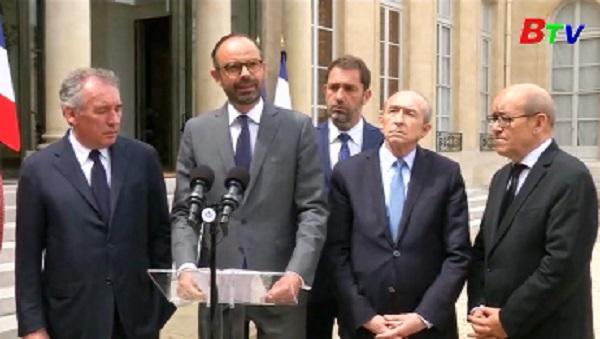Pháp muốn gia hạn tình trạng khẩn cấp