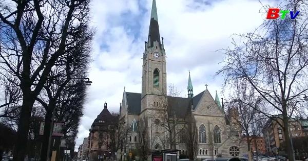 Chuông nhà thờ ngân lên giai điệu