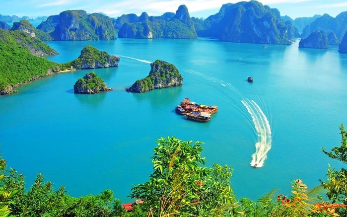 10 địa danh nổi tiếng của Việt Nam thu hút đông khách quốc tế
