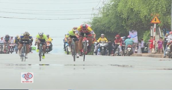 Những dấu ấn lộ trình của một giải xe đạp phong trào