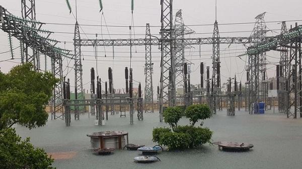 Điện lực Quảng Bình sớm đóng điện cho người dân vùng rốn lũ