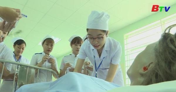 Mỗi giờ học là một sứ mệnh của sinh viên ngành y