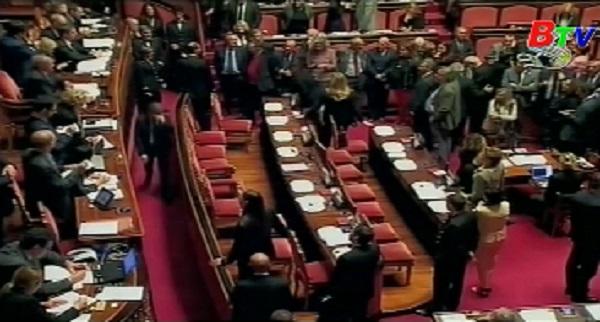 Thượng viện Italy thông qua lần cuối dự luật bầu cử mới