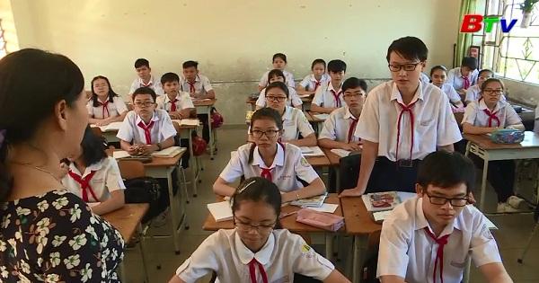 Môn ngữ văn trong nhà trường