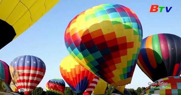 Sôi động lễ hội khinh khí cầu ở New Jersey, Mỹ
