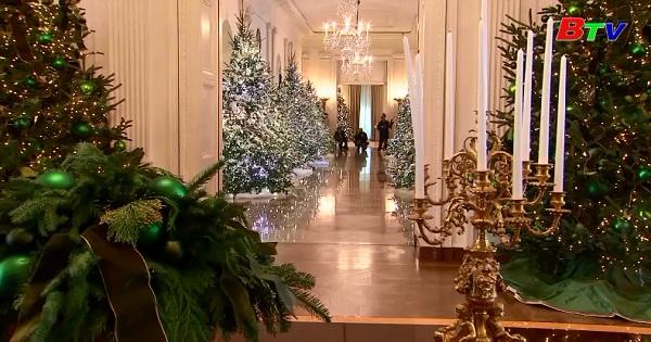 Đệ nhất phu nhân Mỹ khai màn mùa giáng sinh 2017 tại nhà trắng