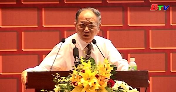 Phong cách ứng xử của Chủ tịch Hồ Chí Minh