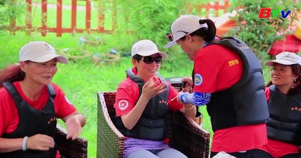Trung Quốc - Cơ hội sống của bệnh nhân ung thư vú với bộ môn thể thao chèo thuyền rồng