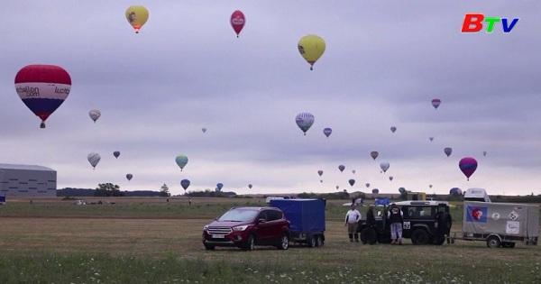 Lễ hội khinh khí cầu ở Pháp chuẩn bị để thiết lập  kỷ lục thế giới