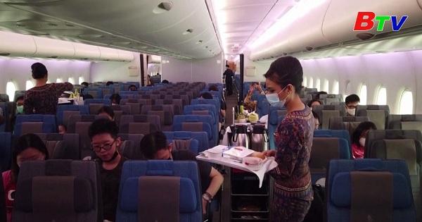 Singapore - Thưởng thức ẩm thực trên máy bay